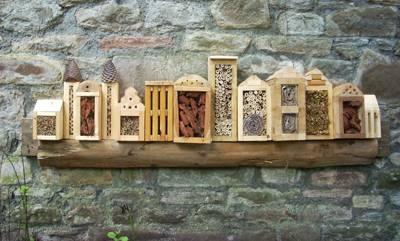Zelf een insectenhotel maken met een bouwtekening