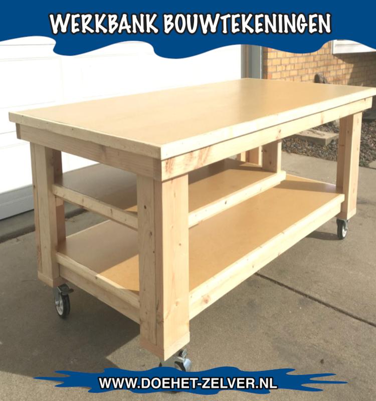 Mooie houten werkbank gebouwd met een bouwplan