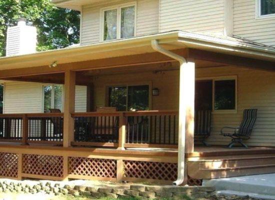 een-steigerhouten-veranda-maken-met-een-plat-of-schuin-dak